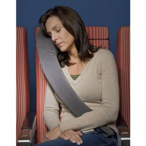lateral travel pillow