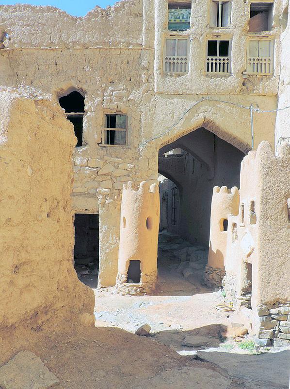 Al Hamra, Oman, photo by Sallie Volotzky